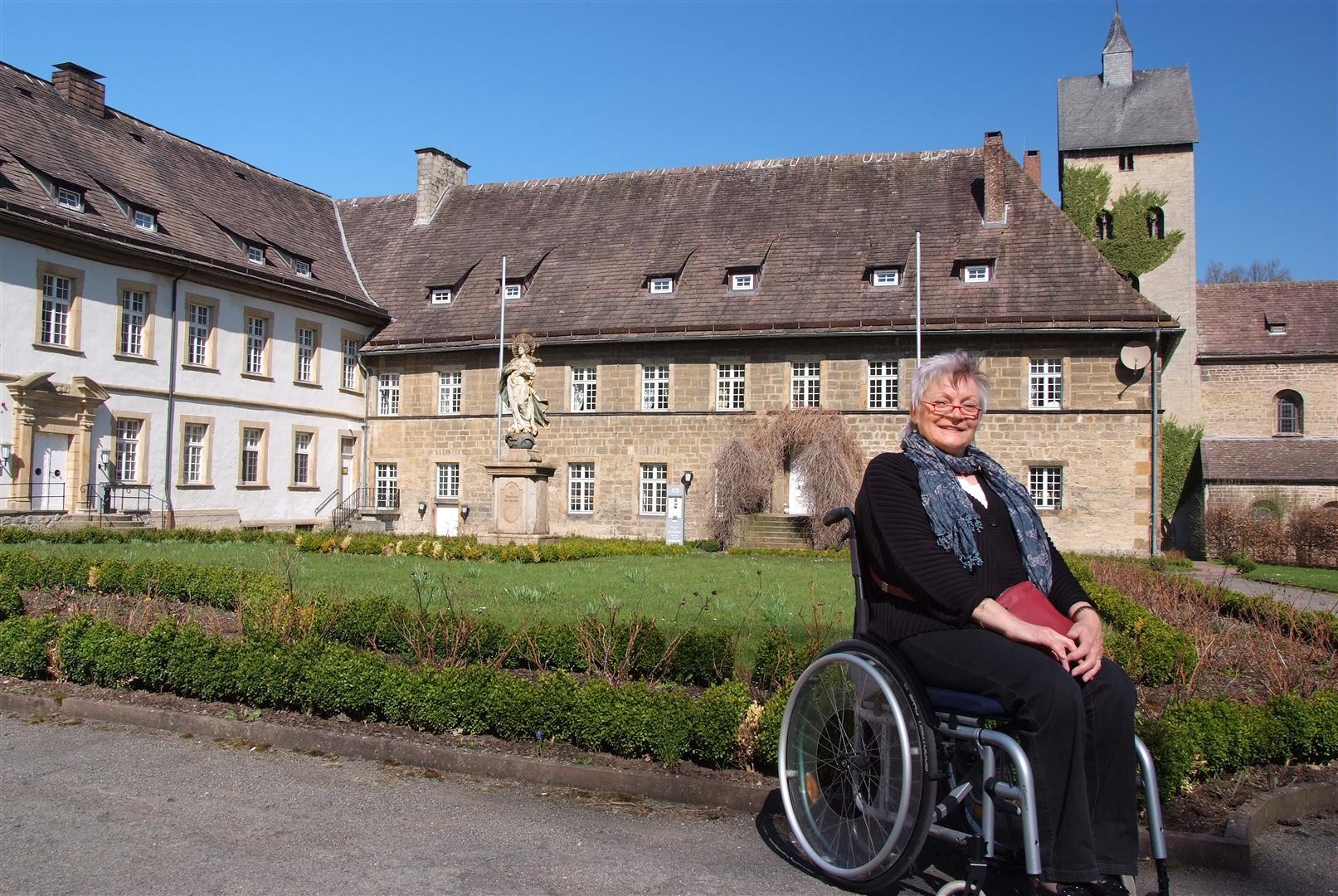 Naturparkbotschafterin Paare zu Besuch am Schloss Gehrden